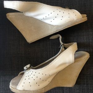 "Charlotte Ronson cream wedge heels, 5, ""vintage"""